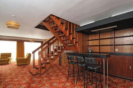 On the market 1970s architect designed five bedroom for Frazer crane architect