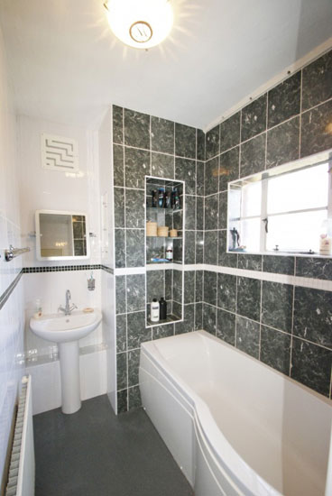 On The Market 1930s Four Bedroom Art Deco Property In