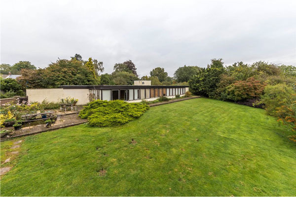 In need of renovation: 1960s modernist property in Welwyn, Hertfordshire