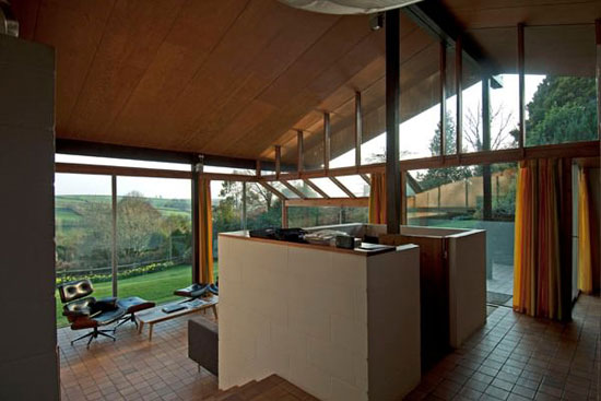 1970s Peter Aldington-designed Anderton House in Goodleigh, Devon
