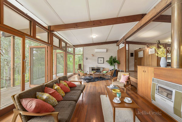 1960s midcentury time capsule in North Warrandyte, Victoria, Australia