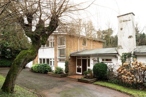 10. 1960s Dennis Darbison midcentury modern house in Maidstone, Kent