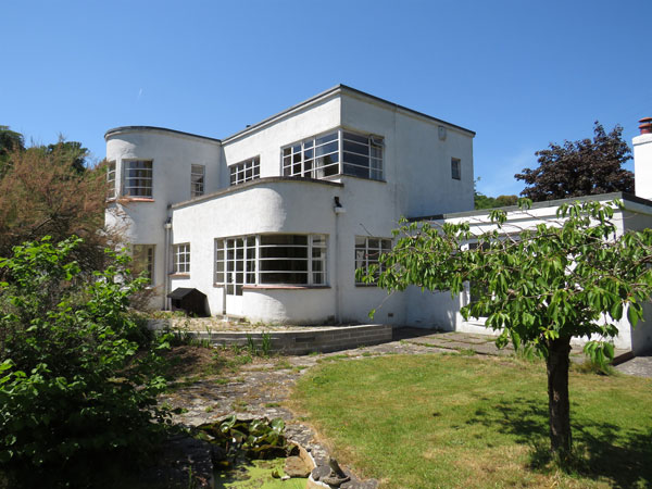 12. 1930s art deco renovation project in Clevedon, Somerset