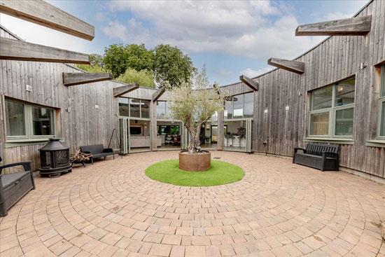 Grand Designs Roundhouse in Deanshanger, Buckinghamshire