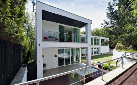 13. Four-bedroom contemporary modernist house property in Huddersfield, West Yorkshire