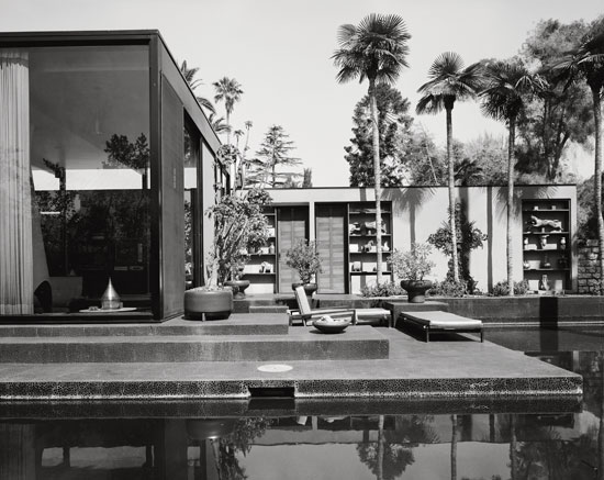 William L. Pereira & Associates, Pereira Residence, Los Angeles, 1964. Picture credit: courtesy of the Estate of Marvin Rand (page 157)