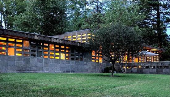 20. 1950s Frank Lloyd Wright-designed Gerald B. Tonkens House in Cincinnati, Ohio