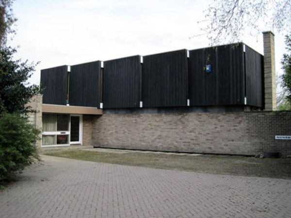 20. 1960s Derek Stanley Bottomley-designed modernist house in Sherburn in Elmet, North Yorkshire