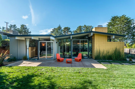 27. Four-bedroom 1950s midcentury Eichler home in San Mateo, California, USA