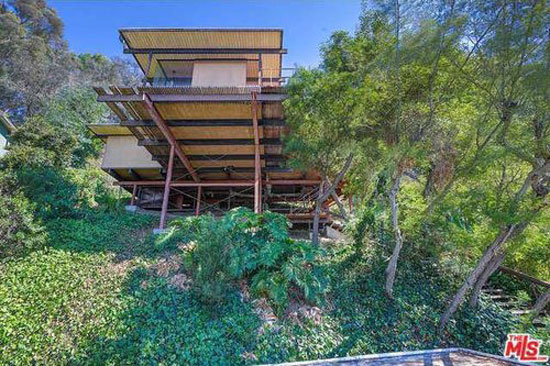 28. 1960s Raul Garduno-designed hillside midcentury property in Los Angeles, California, USA