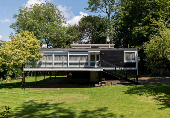 28. 1950s Geoffry Powell-designed The Rossdale House in London N3