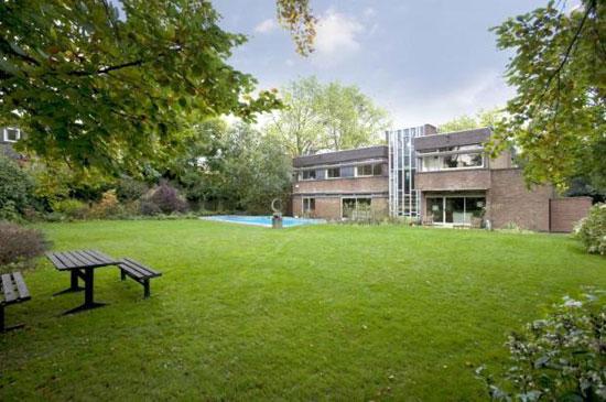 29. 1960s seven-bedroom modernist property in Hampstead Village, London NW3