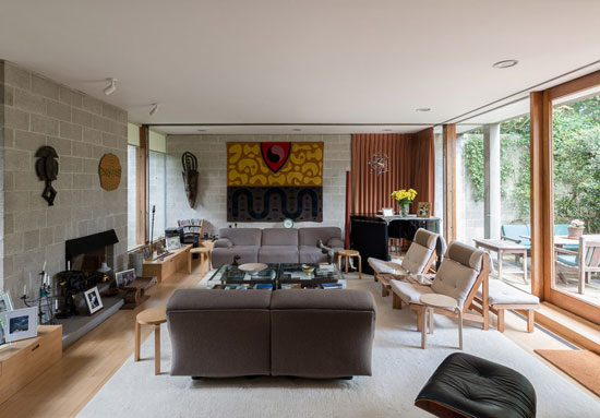 30. 1960s grade II-listed Sir Philip Dowson-designed modernist property in London SW20