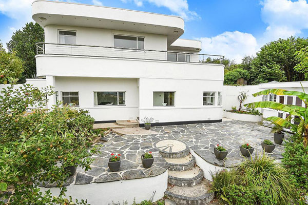 4. 1920s art deco: Four-bedroom property in Truro, Cornwall