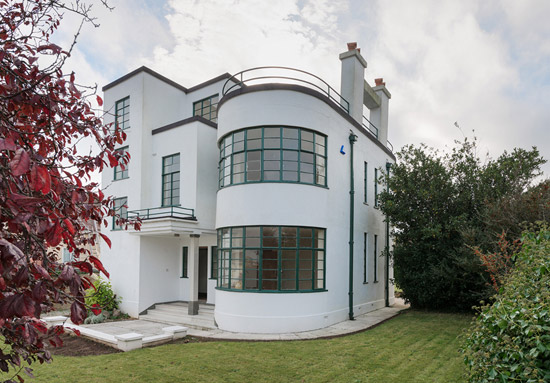 Melville Aubin-designed Sunpark 1930s art deco property in Brixham, Devon