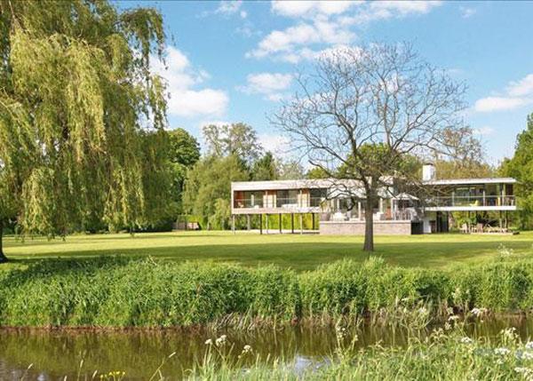 48. John Pardey waterside modern house in Reading, Berkshire