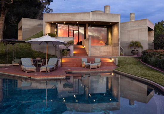 5. 1970s Roland E. Coate Jr-designed modernist property in Santa Barbara, California, USA