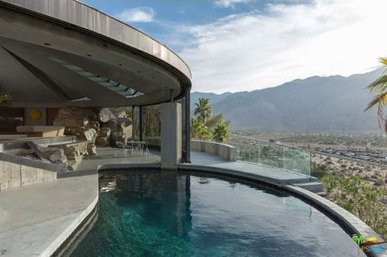 9. 1960s John Lautner-designed Elrod House in Palm Springs, California, USA