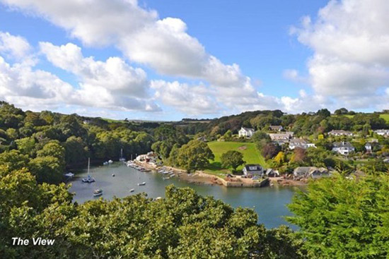 1960s Michael Newberry-designed modernist property in Falmouth, Cornwall