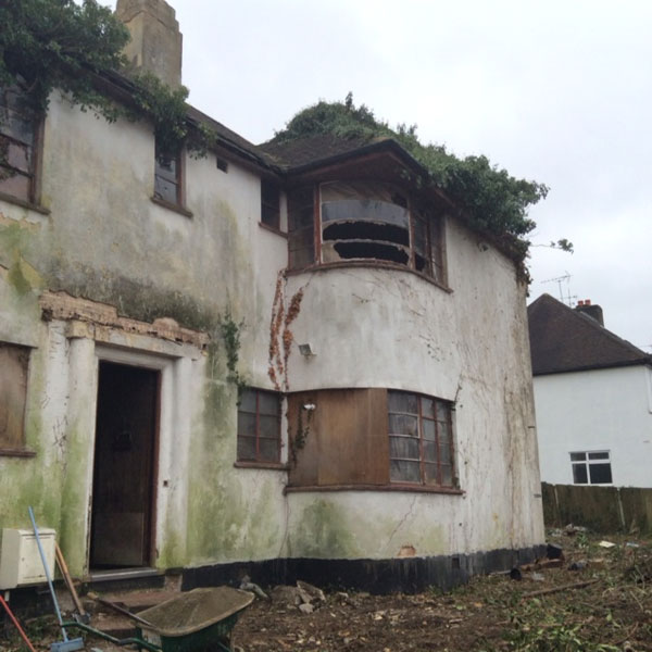 For demolition: 1930s art deco house in Rayners Lane, London