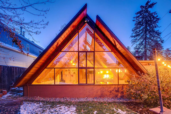1950s Robert Morris A-frame house in Denver, Colorado, USA