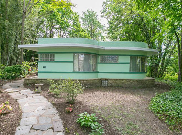 On the market: 1940s B.N. Eisenberg-designed art deco property in Baltimore, Maryland, USA