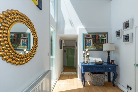 Connell and Ward's First Sun House in Amersham, Buckinghamshire