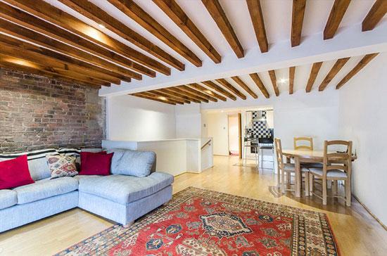 Apartment in the Aberdeen Wharf warehouse conversion, London E1W