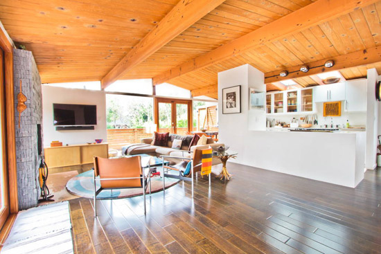Val Powelson-designed midcentury modern property in Los Angeles, California, USA