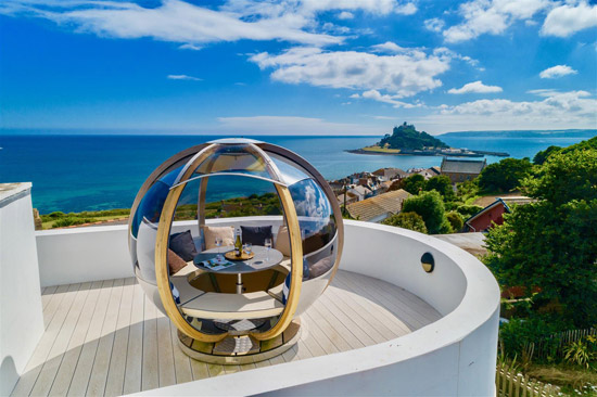 Coastal art deco-style property in Marazion, Cornwall