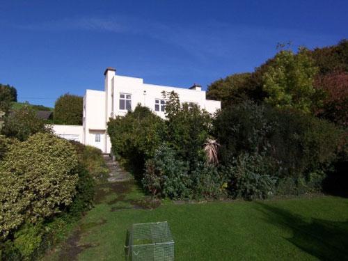 Six-bedroomed Nantmelyn art deco house in Llangawsai, Aberystwyth, Ceredigion, Wales