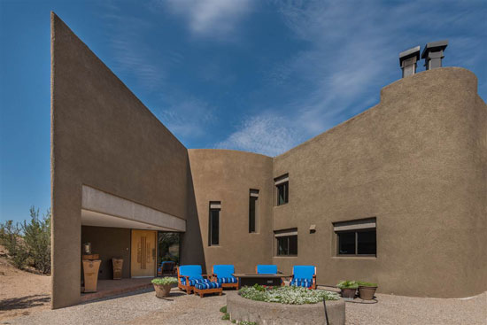 1970s Antoine Predock-designed modernist property in Albuquerque, New Mexico, USA
