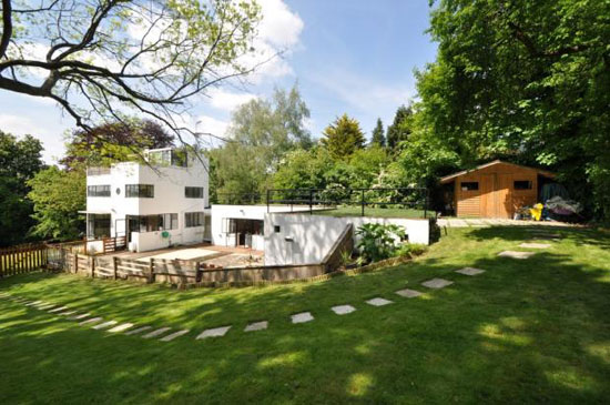On the market: 1930s Connell and Ward-designed Sun House modernist property in Amersham, Buckinghamshire