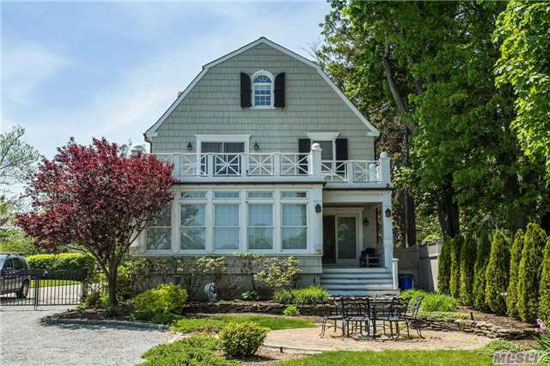 On the market the amityville horror house in amityville for The amityville house for sale