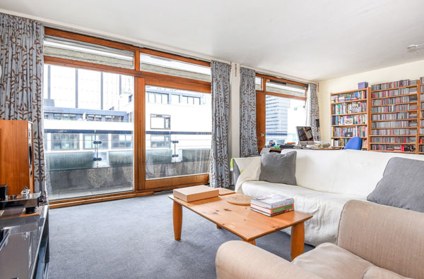 Barbican living: Apartment in Andrewes House on the Barbican Estate, London EC2Y