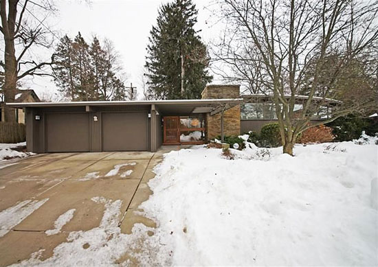 On the market: 1950s George Brigham-designed midcentury modern property in Ann Arbor, Michigan, USA