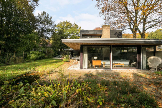 1970s modern house in Apeldoorn, Holland