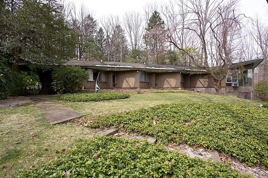 On the market: 1950s four-bedroom midcentury modern property in Armonk, New York State, USA