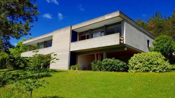 1960s modernist house in Chateau-Arnoux-Saint-Auban, south east France