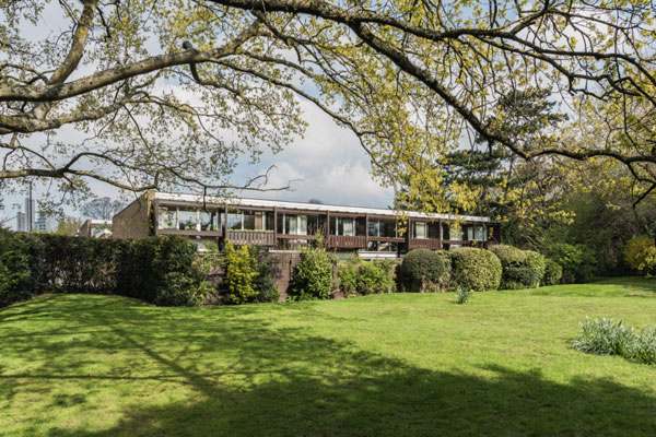 1960s Atelier 5 modernist house on the St Bernards estate, Croydon, Greater London