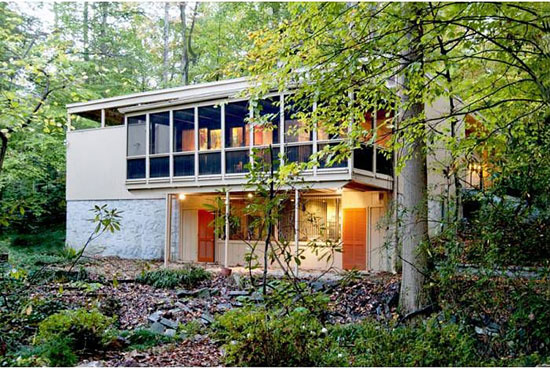 1950s midcentury modern property in Atlanta, Georgia, USA