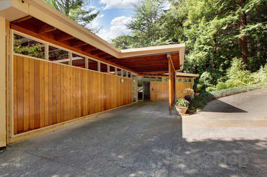 On the market: Redwood 1960s midcentury property in Crafers, South Australia