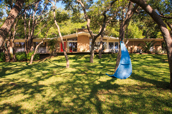 On the market: 1960s midcentury modern property in West Lake Hills, Texas, USA