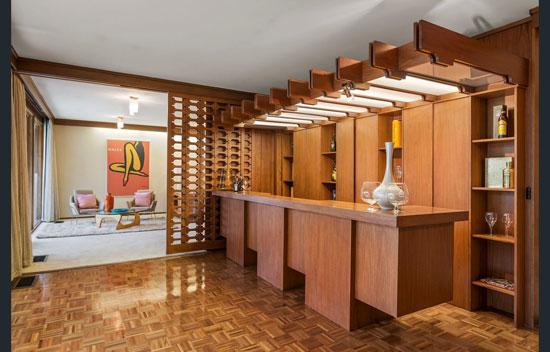 1970s modernist house in Balwyn North, Victoria, Australia