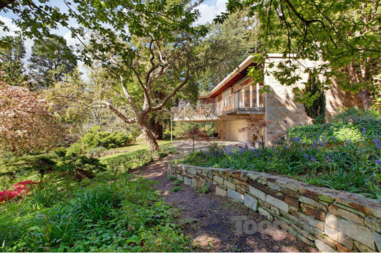 On the market: Redwood 1960s midcentury property in Crafers