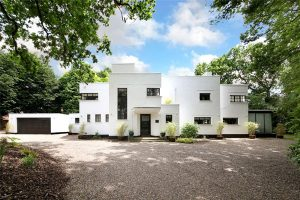1930s art deco: Stanley Hamp-designed Whitelands property in Beaconsfield, Buckinghamshire