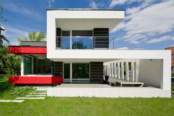Airbnb find: Modernist house on the Danube, Budapest, Hungary