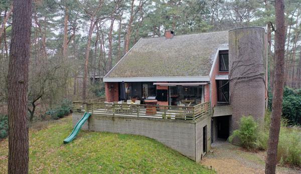 1970s brutalist house in Heusden-Zolder, Belgium