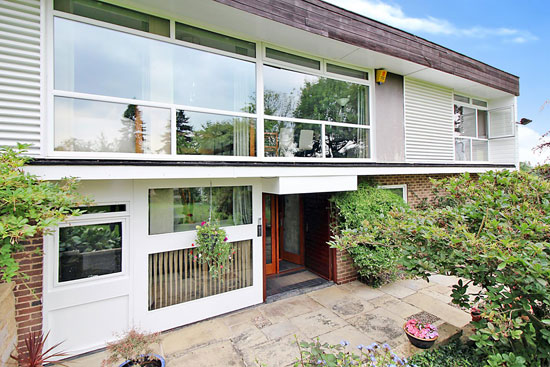 1960s modernist property in Bramcote, Nottinghamshire