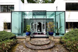 1930s art deco: Stanley Hamp-designed Whitelands property in Beaconsfield, Buckinghamshire
